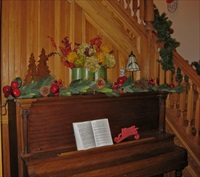 Disney Santa Paws 2 (Renolds house) set at the Old Nurses Residence B&B.