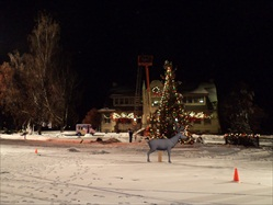 November 3 - Christmas Movie filmed Final Scene City Hall - B&B (Renolds House).
